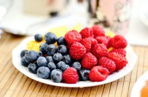 los niños y la fruta